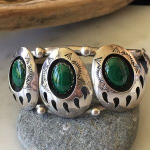 Vintage Navajo Bear Claw Malachite Bracelet